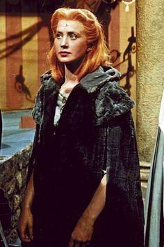 Navaris mu a aj tak ta nespozna 😊😋 Female Movie Characters, Video Film, I Movie, Fairy Tales, Game Of Thrones Characters, Fandoms, Actresses, Costumes, Actors