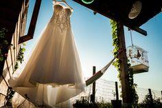 getting ready | bride | dress | trouwjurk | bruidsfotografie Zuid Holland | trouwfotograaf | trouwen | wedding | wedding photographer