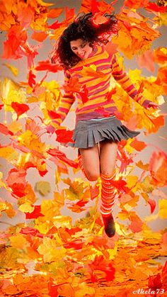 Girl Animation/this is how i feel when the beautiful leaves blow