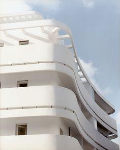 Tel-Aviv et Bauhaus    Cgi5.lefigaro.fr/
