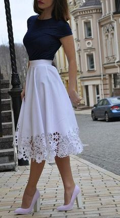 Skirt Outfits 21 - Fashiotopia, Rock Outfits 21 - Fashiotopia, outfits with skirts Rock Outfits, Girly Outfits, Skirt Outfits, Classy Outfits, Spring Outfits, Dress Skirt, Lace Skirt, Classy Casual, Casual Outfits