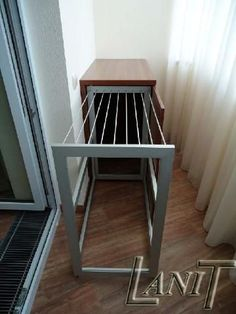 Wo Kleidung in der Wohnung zu trocknen ist schön und bequem . - Для дома Wo Kleidung in der Wohnung zu . Space Saving Furniture, Home Decor Furniture, Diy Home Decor, Furniture Design, Room Decor, Upcycled Furniture, Small Room Design, Laundry Room Design, Apartment Balcony Decorating