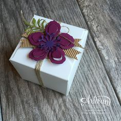 Sweet little box made with the Gift Box Punch Board ~ Cindy Schuster