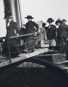 Passengers of Titanic.