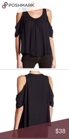 Cold shoulder NWT top in black size Small Cold shoulder NWT top in black size Small Tops Blouses