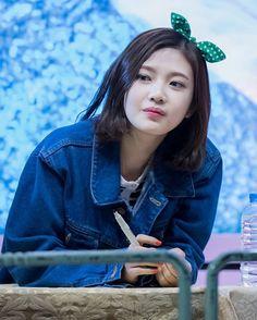 """#RedVelvet #JOY #레드벨벳  160404 Joy @ Daegu Fansign """