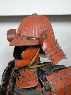 Tetsu shu urushi nuri 44-ken suji bachi kabuto.