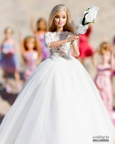 by Bella barbiedoll Barbie Wedding Dress, Barbie Dress, Original Barbie Doll, Barbie Hairstyle, Sewing Barbie Clothes, Barbie Images, Cute Christmas Outfits, Barbie Fashionista Dolls, Barbie Doll Accessories