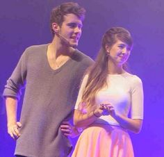 OMG - Soo cute aren't they? British Youtubers, Zoe Sugg, Zoella, Perfect Couple, Markiplier, Concert, Couples, Otp, Ships