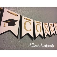 Celebrate your graduate with this adorable banner! *Banner colors can be customized to match school colors, please contact to see if your color(s) are in stock* -----BANNER DETAILS----- Banner Backing: BLACK CARD STOCK Banner Overlay: WHITE CARD STOCK Banner Writing: COLOR WILL
