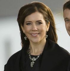 Crown Princess Mary of Denmark Silver Grape Leaf Jewelry Set by Georg Jensen