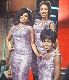 "The Marvelettes ""Little Girls Grow Up"" Unreleased. From Cellarful of Motown Volume Jazz Blues, Rhythm And Blues, Music Icon, Soul Music, Tamla Motown, Vintage Black Glamour, Old School Music, Little Shop Of Horrors, Northern Soul"