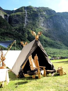 Nice Viking camp setup in Norway. For more Viking facts please follow and check out www.vikingfacts.com don't forget to support and follow the original Pinner/creator. Thx