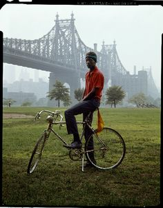 View Queensboro Bridge, New York by Evelyn Hofer on artnet. Browse more artworks Evelyn Hofer from Galerie m. New York Times, New York S, New York City, New York People, William Eggleston, Winterthur, Magic Places, Helmut Newton, Photoshop