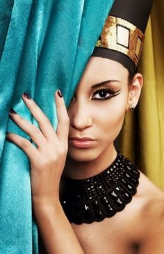 """Egyptian Make Up - both men and women wore distinct eye make up. The eye make up was extremely elaborated creating the """"almond eye"""" look."""