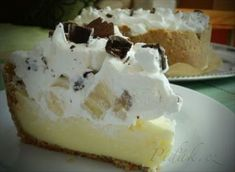 Zobrazit detail - Recept - Banánovo - šľahačkový koláč zo sušienkového cesta