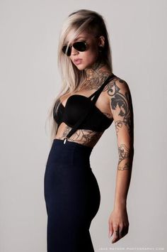 jkvdtsar: Sara Fabel By Jake Raynor Tattoo Girls, Girls With Sleeve Tattoos, Girl Tattoos, Tatoos, Sara Fabel, Pin Up, Best Tattoos For Women, Tattoo People, Thigh Piece