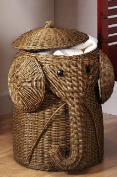 "Rattan Elephant Hamper,22""Hx14""D,HONEY: Amazon.com: Home & Kitchen"