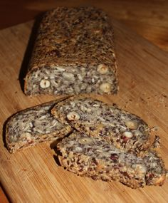 Life changing loaf of bread, made with oats, chia, flax, almonds, psyllium husks, coconut oil & sunflower seeds. Thermomix & traditional methods!