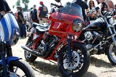An old biker talks about the first time a Harley-Davidson V-Rod came to Sturgis Sturgis Motorcycle Rally, Motorcycle Rallies, Harley Davidson V Rod, Biker, Vehicles, Change, Car, Vehicle, Tools