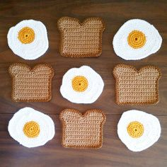 Additional Toast and Egg Coaster Mug Rugs, Crochet Toys, Crochet Dishcloths, Knit Crochet, Crochet Libre, Oeuf Bacon, Crochet Perro, Egg Toast, Stuffed Animal Patterns
