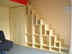 Как сделать шкаф под лестницей своими руками. Информационный строительный сайт |