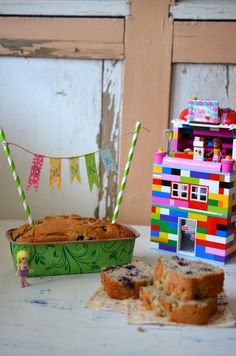 Buchweizenkuchen mit Heidelbeeren und Mohn