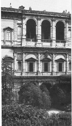 Roma Sparita - Palazzo Farnese Renaissance Architecture, Historical Architecture, Art And Architecture, Best Cities In Europe, Italian Renaissance, Ancient Rome, Michelangelo, Siena, Palazzo