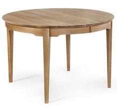 Hovdala är ett klassiskt designat runt matbord i massiv oljad ek från Torkelson. Det ingår två stycken iläggsskivor som enkelt förlänger bordet med 45cm per skiva. Hovdala bordet finns även i ovalt utförande. Köp till den klassiska Hovdala