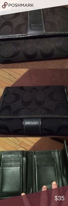 Black coach wallet Black coach wallet in good condition. No major flaws Coach Accessories Key & Card Holders
