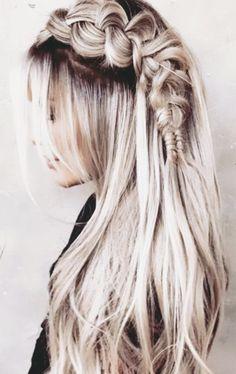 50 unvergessliche blonde Frisuren, die Sie inspirieren 50 unforgettable blonde hairstyles that inspire you 50 beautiful ash blonde hair color ideas that you don't want to miss Long waves ash blonde Blond Hairstyles, Fishtail Braid Hairstyles, Frontal Hairstyles, Box Braids Hairstyles, Pretty Hairstyles, Wedding Hairstyles, Hairstyle Ideas, Hair Ideas, Fashion Hairstyles