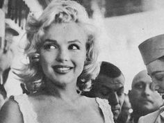 Marilyn! im addicted to her...read every book, watched every documentary...and thought through every conspiracy. sooo tragic