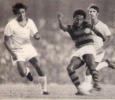 Aqui, Paulo Cezar Caju em 72, na final do Carioca, Flamengo 2x1 Fluminense e o seu 1º título com o Manto