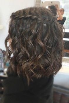 33 Romantic Looks with a Waterfall Braid # Braid .- 33 Romantische Looks mit einem Wasserfall Braid # Braid 33 romantic looks with a waterfall braid # braid - Box Braids Hairstyles, Prom Hairstyles For Short Hair, Braids For Short Hair, Pretty Hairstyles, Short Braided Hairstyles, Festival Hairstyles, Heart Hairstyles, Teenage Hairstyles, Semi Formal Hairstyles