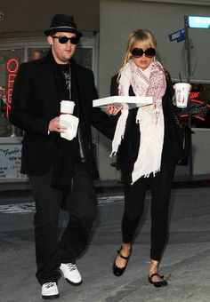 Nicole Richie wearing Lanvin flats, Sir Alistair Rai Rajah Long Wrap Scarf, Chanel Jumbo XL Quilted Flap Bag,  Buying Pizza In Beverly Hills...