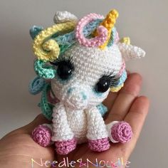 350 vind-ik-leuks, 22 reacties - Needle & Noodle - Amigurumi (@needleandnoodle) op Instagram: 'Mini Unicornio pattern by @elfinthread #needleandnoodle #amigurumi #amigurumis #crochet…'