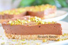Cheesecake cu Nutella este un delicios desert cremos si foarte usor de preparat inspirat din bucataria americana, obtinut din doar 4 ingrediente. Nutella, Cheesecake, Deserts, Recipes, Food, 4 Ingredients, Sweets, Cheesecakes, Essen