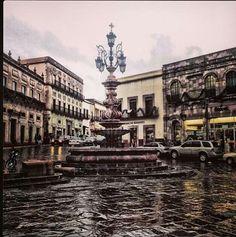La fuente de los faroles en Zacatecas Mexico.