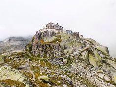 Albert Heim Hütte Switzerland, Monument Valley, Hiking, Places, Nature, Travel, Instagram, Asylum, Walks