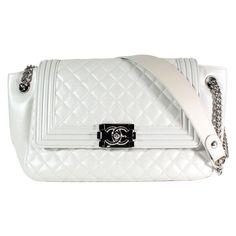 2ea0aada275be6 Sacs à main Chanel Boy Cuir Blanc ref.54788 - Joli Closet Marque Femme,