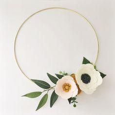 Wreath    Wreaths    Flower Wreath    Spring Wreath    Felt Flower Wreath    Modern Wreath    Wedding Wreath    Wreath Decor    Gold Wreath