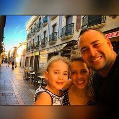 Espanha um Lugar Lindo com paisagens lindas onde existe um povo que precisa de Jesus - Glória Deus por todos os Missionários que estão nesse País levando  a palavra de Deus - um serviço árduo mas de muito valor - Ore pela Espanha - Tempo em Família - Cidade de Mijas