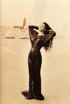 Ms Ross, 1995 Beautiful Black Women, Beautiful People, Divas, Diana Ross Supremes, Lady Sings The Blues, Vintage Black Glamour, Vintage Glam, Vintage Style, Anita Ekberg
