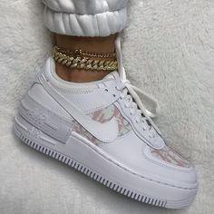Jordan Shoes Girls, Girls Shoes, Cute Sneakers, Shoes Sneakers, Kd Shoes, Shoes Heels, Sneakers Fashion, Fashion Shoes, Dior Fashion