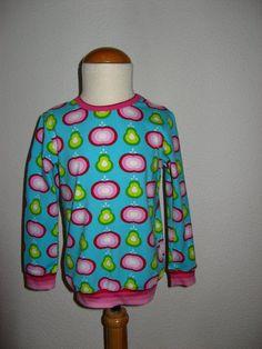 bio jersey van Sari Ahokainen, boordjes van gestreepte jersey van Michas, patroon Minikrea 50220