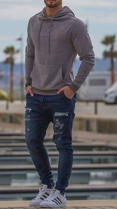casual mens fashion which look amazing Cool Outfits For Men, Stylish Mens Outfits, Casual Outfits, Smart Casual Menswear, Men Casual, Man Dressing Style, Suit Fashion, Mens Fashion, Mode Style