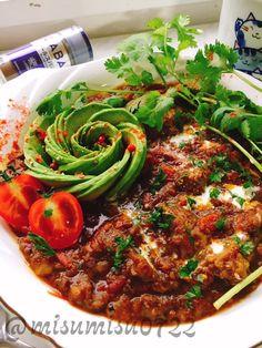 misuzu's dish photo こっくり牛すじカレー | http://snapdish.co #SnapDish #レシピ #美容/ダイエット #アボカドの日(10月24日) #カレー #肉料理 #カレーライス