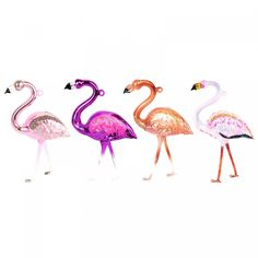 Fancy snazzing up your tree this year and adding a pop of pink? These flamboyant flamingos will do just the trick! Made from glass and hand decorated with sugar, spice and everything nice.  Details:  Comes with brown twine h: 17cm w: 8cm (7 x 3.14 in) approx