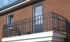 Balcony Grill Design, Balcony Railing Design, Staircase Railings, Stairs, Iron Windows, Door Gate, Wrought Iron, Art Deco, Ramen