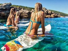 Girl's surfing